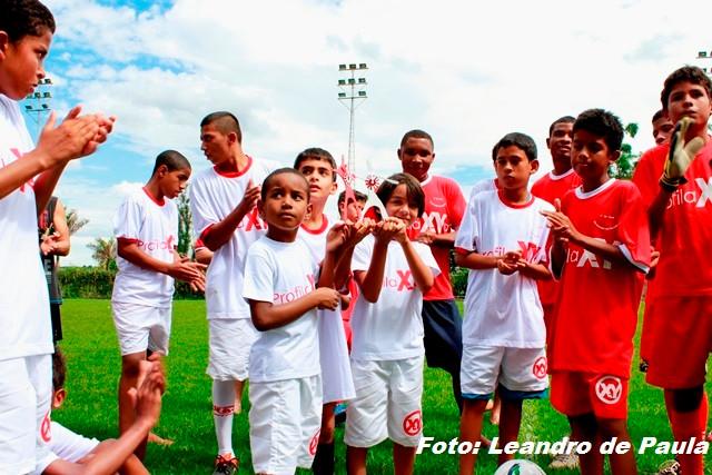Futebol Ajude-C